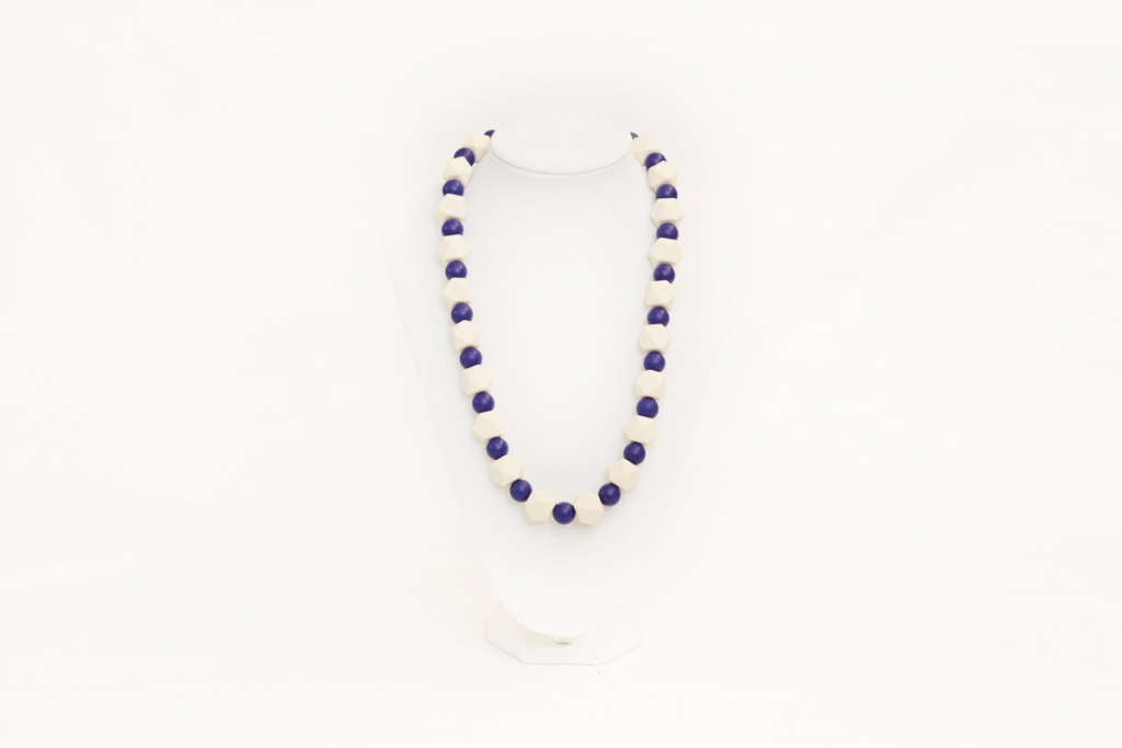 Alyssa teething necklace