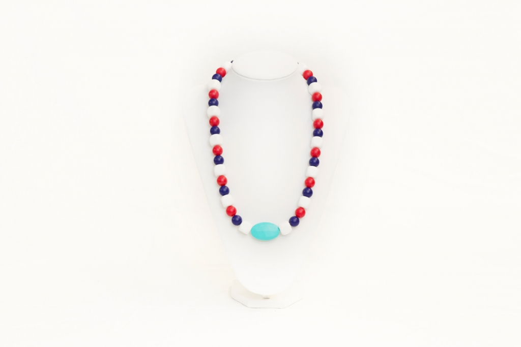 Chelsea teething necklace