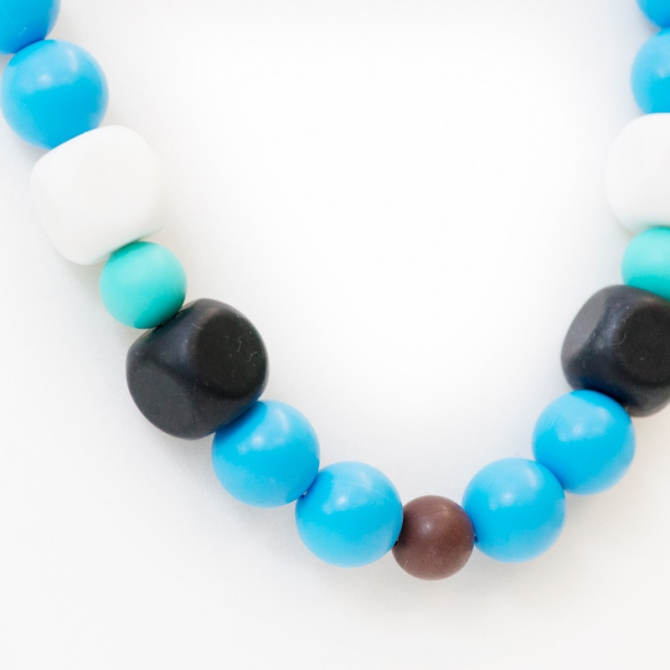 Elise teething necklace