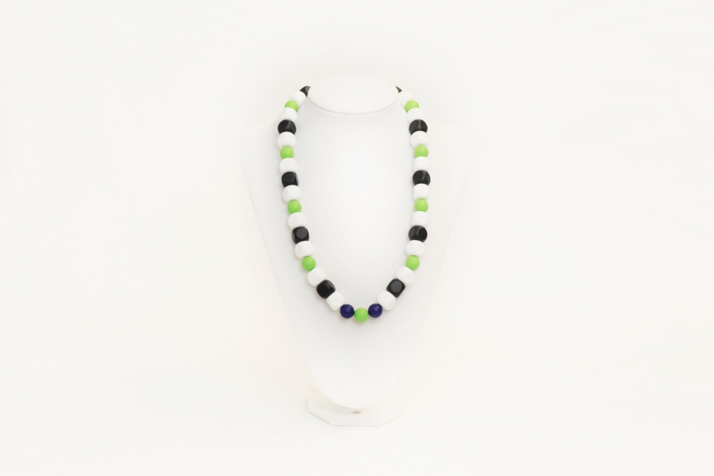 Natasha teething necklace