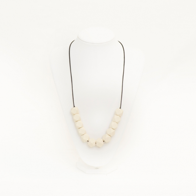 Teri teething necklace